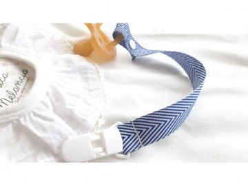 Pacifier Holder | TWILL NAVY BLUE + Plastic Clip Wite