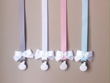 Pacifier Holder | Grey + White Clip + White Bow